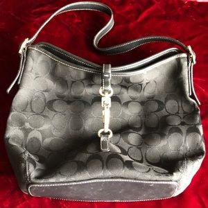 Authentic Coach purse 👜